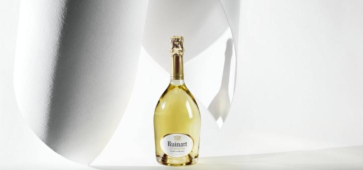 Champagne krémje Etyeken gyűlt össze