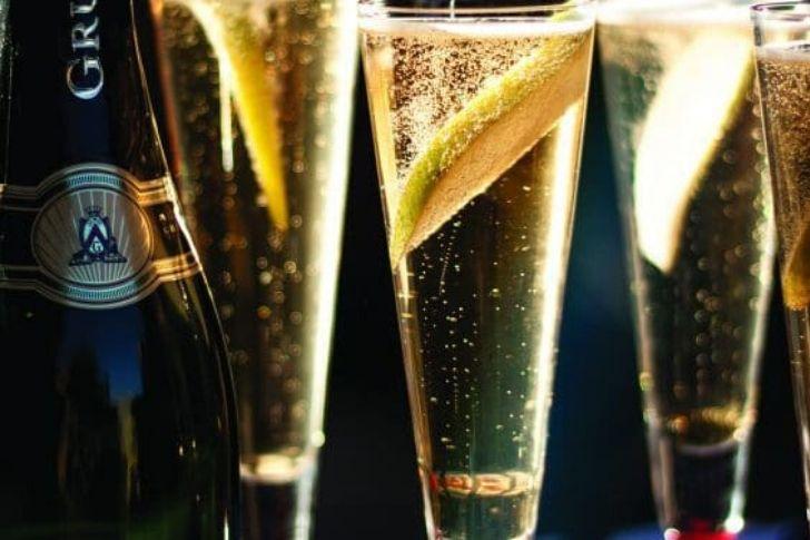 Champagne, pezsgő, habzóbor