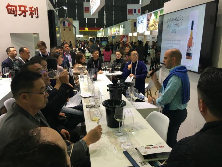 Növekedhet a magyar borok presztízse a Távol-Keleten