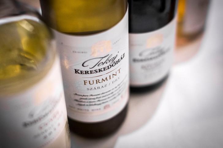 8 új bor, 8 falat, 8 komment a Tokaj Kereskedőháztól