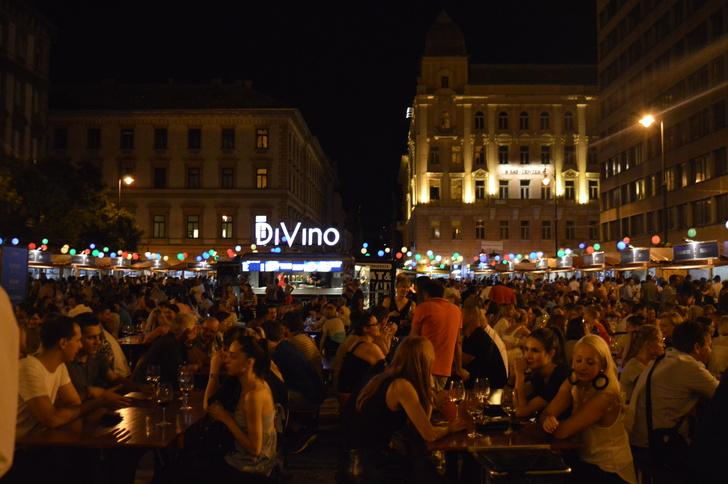 Hangulat, tömeg, borászpacsik: ilyen volt a leglazább Borünnep