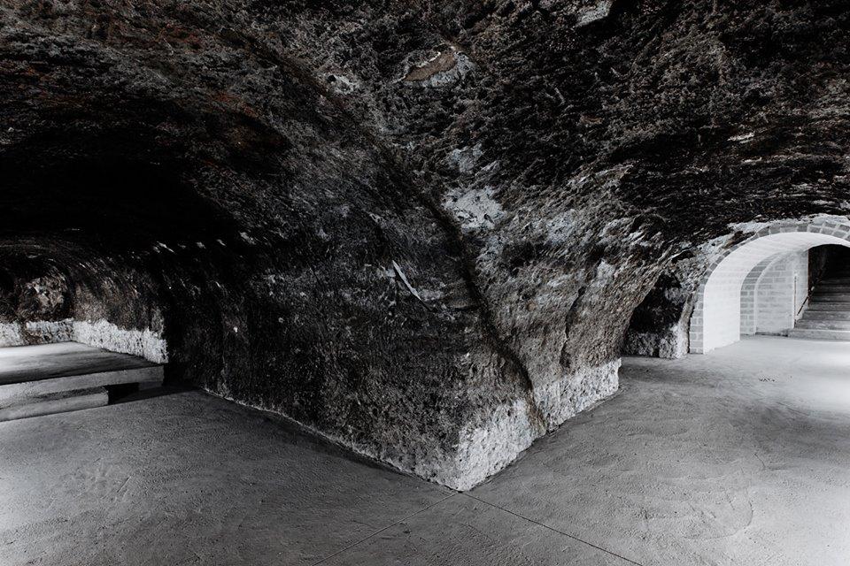 Holdvölgy Pincészet – az újjászületett labirintus