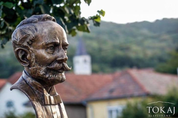 Serházból lett Bormúzeum Tokajban