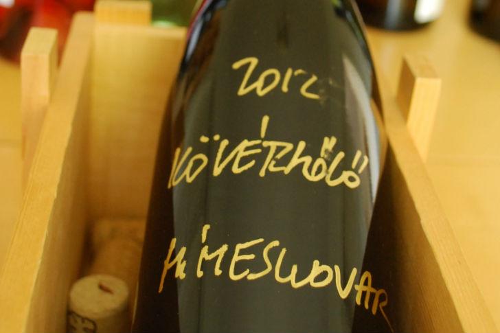 Milyen bort igyunk a desszertekhez?